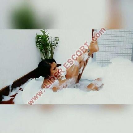 Novedad brasileña fiestera y lechera. -