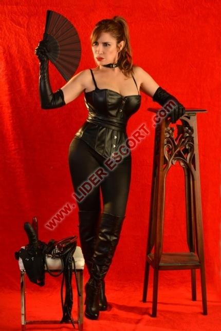 Te inicia como esclavo! BDSM, disciplina inglesa en todos los niveles! -