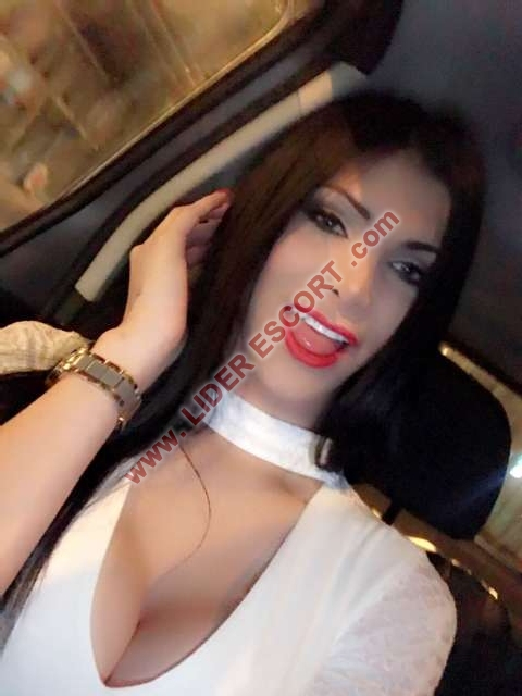 Colombiana fiestera a tope -