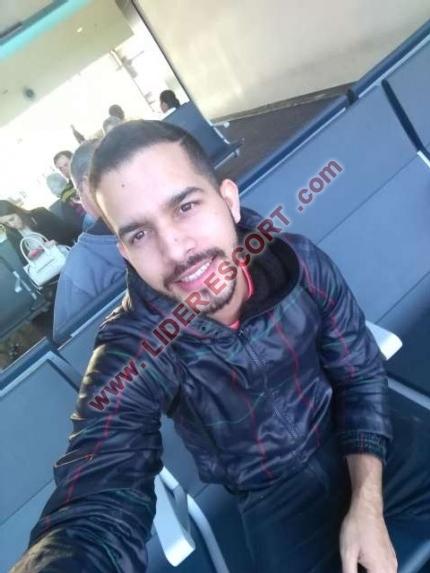 Venezolano cachondo  -