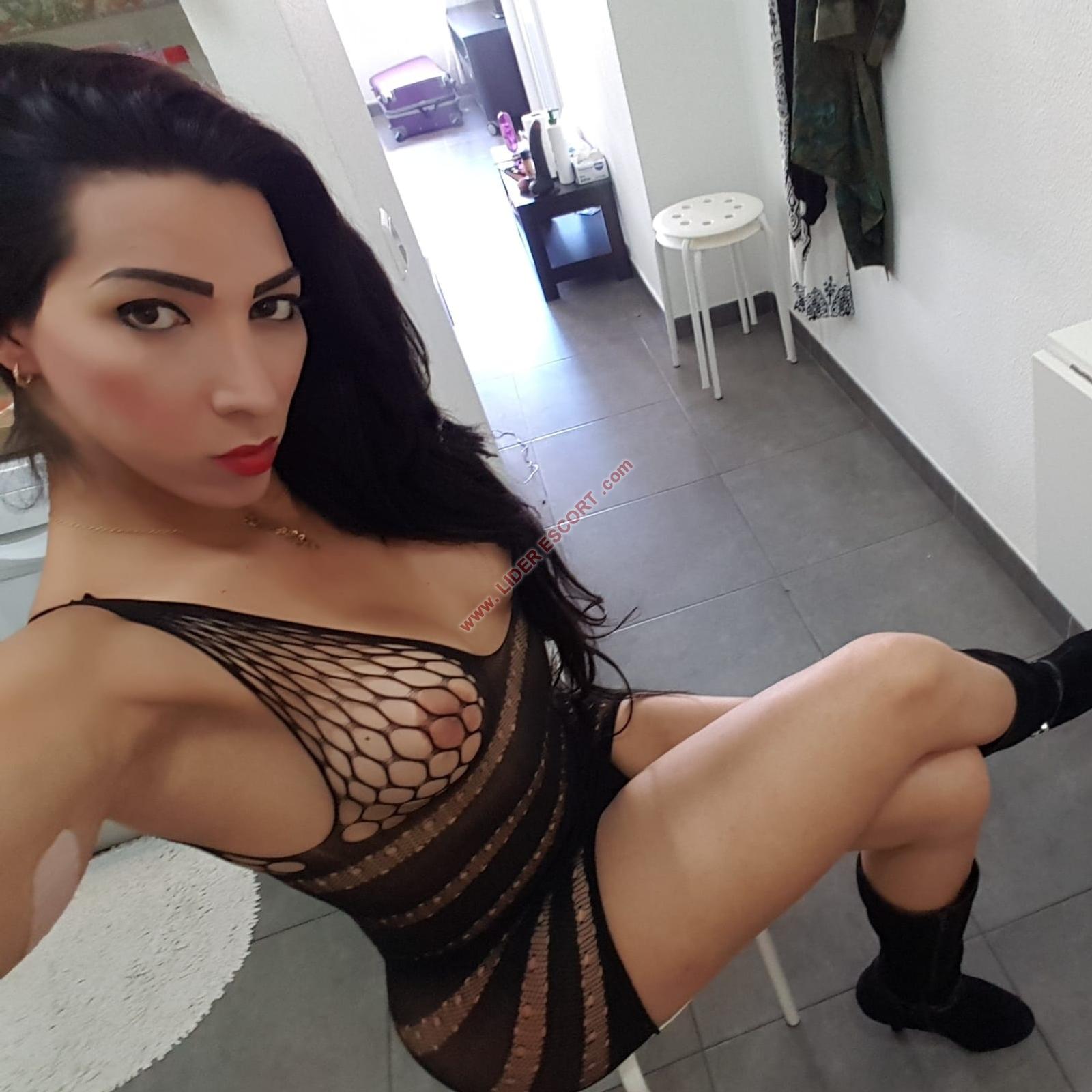 Preciosa trans, primera vez en Playa del Inglés -