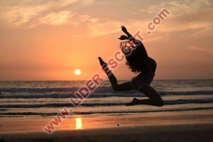 ¡Supernovedad! Preciosa francesa en Puerto Banus -