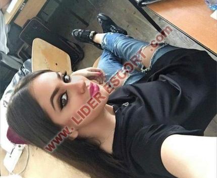 IRINA CHICA DULCE Y JOVEN 100% -
