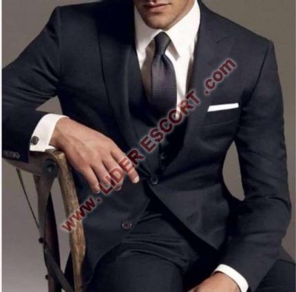 Cubano guapo y muy caliente -