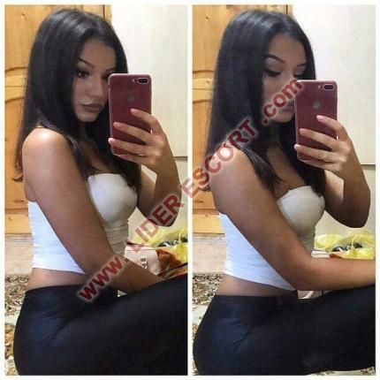 Mona, dulce y sensual  -