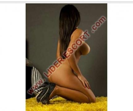 Latina adicta al sexo, muy caliente -