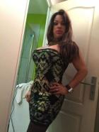 Trans brasileña mamadora.