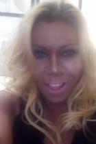 Vanuza la negra trans brasileña