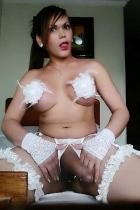 Mujer con pene 22 ctm
